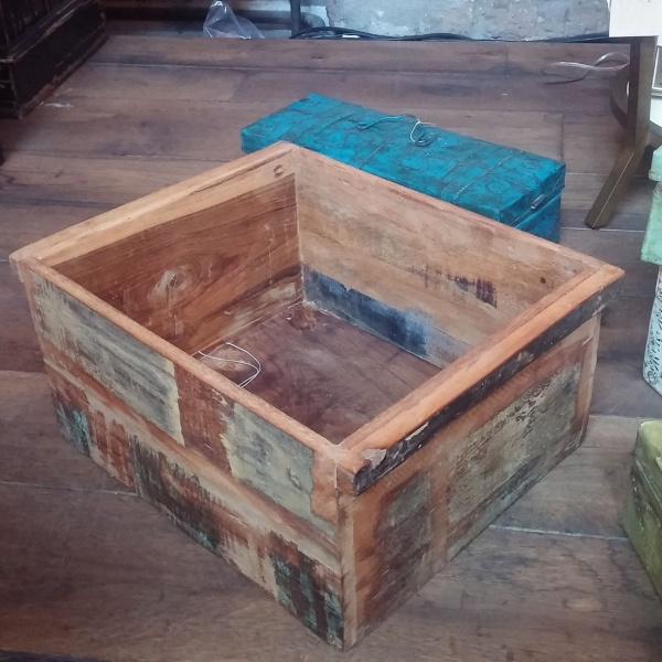 Scrapwood Box Holz, farbig